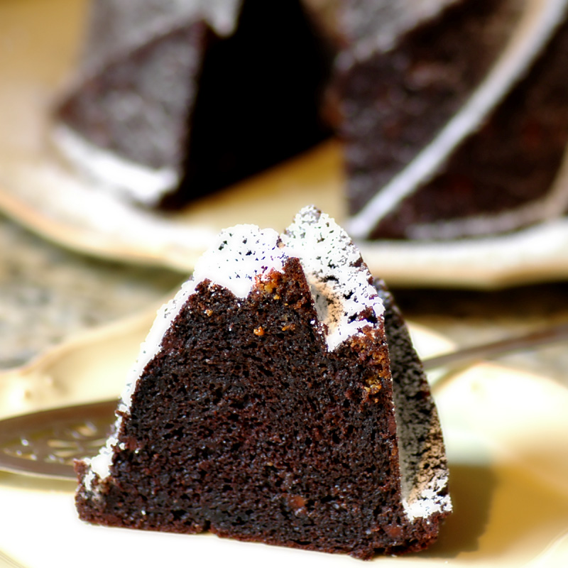 Easy Chocolatey Bundt Cake