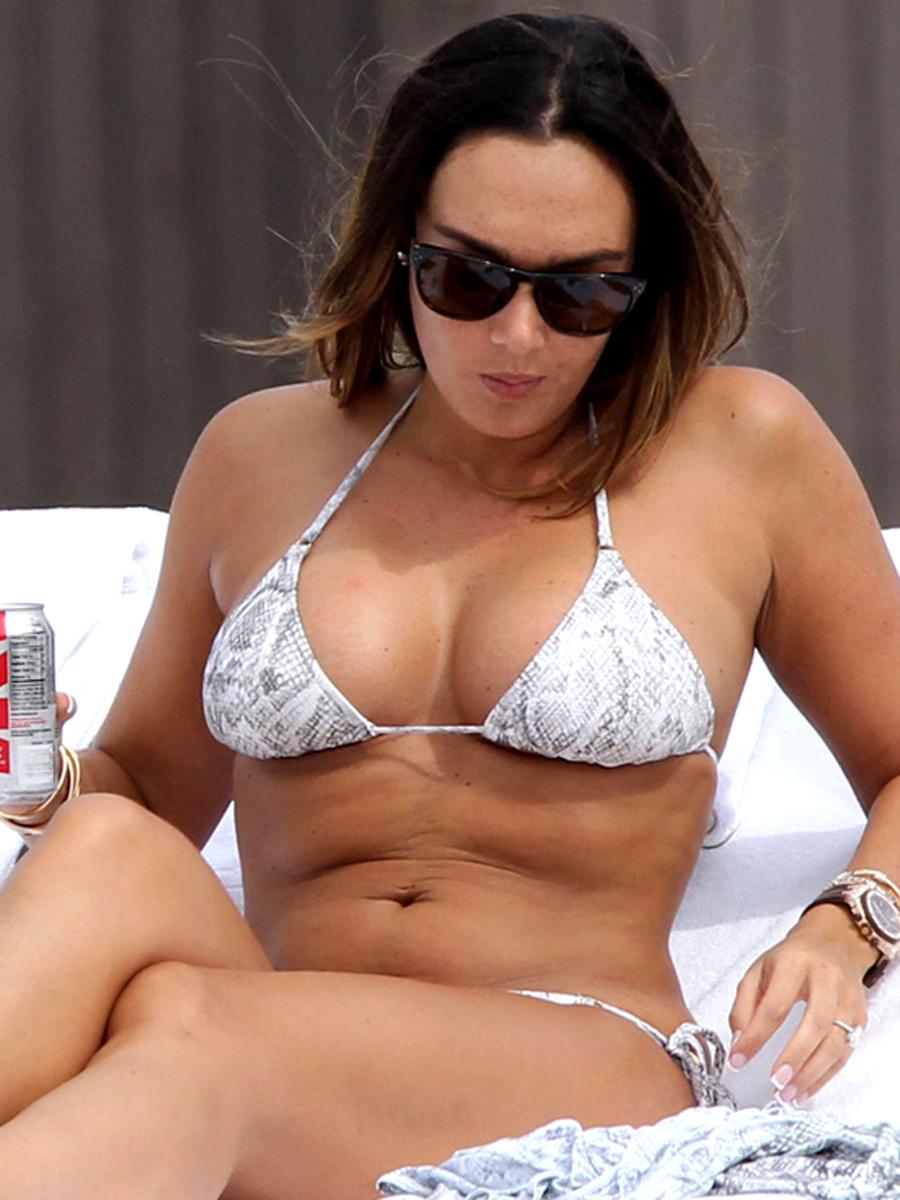 Hot Tamara Ecclestone in a sexy bikini
