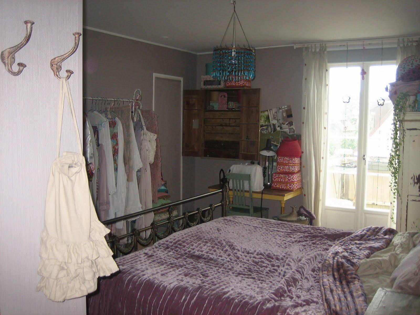 Bohemian: målade om sovrummet innan sommaren.linne lakan från hm ...