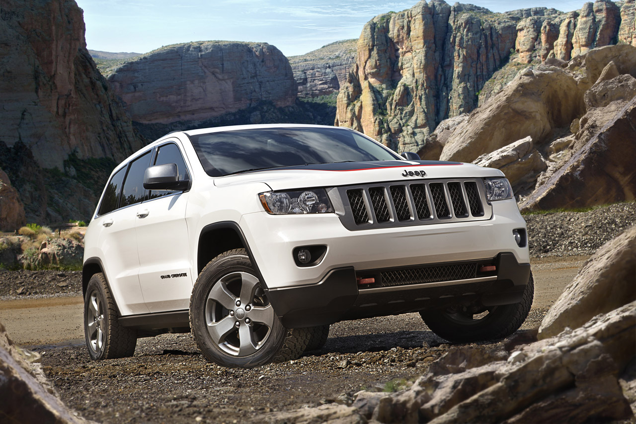 2013 jeep grand cherokee trailhawk auto cars concept. Black Bedroom Furniture Sets. Home Design Ideas