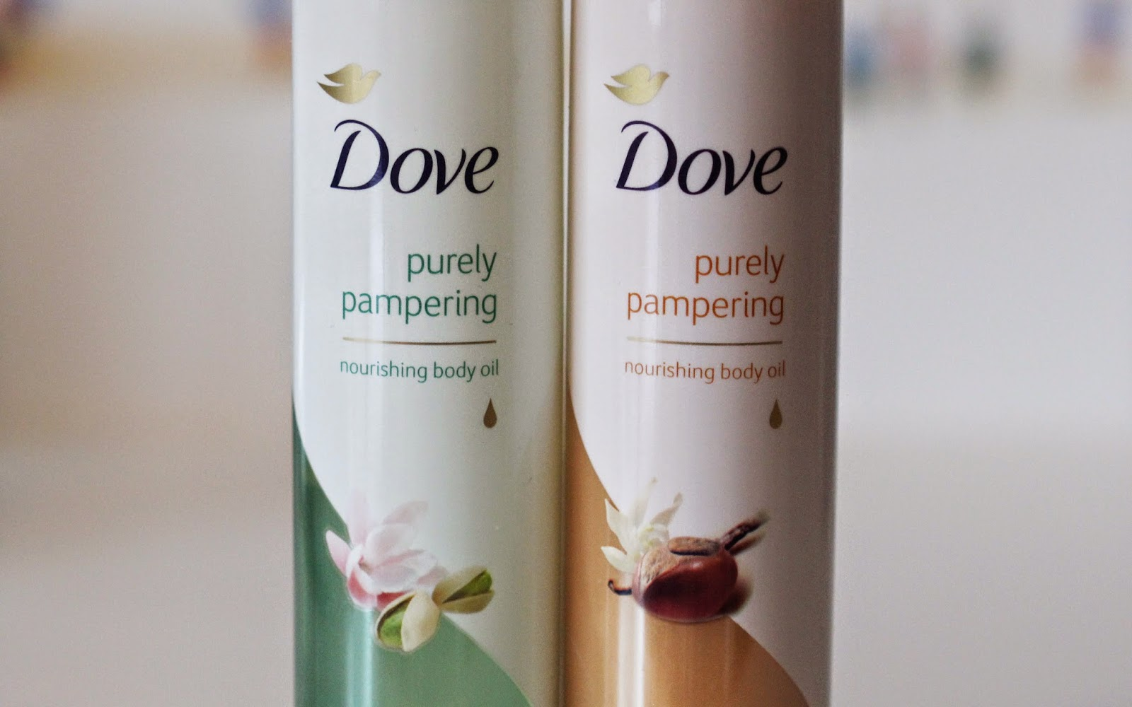 Dove Purely Pampering Nourishing Body Oil
