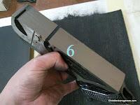 Base del cepillo de carpintero rectificada con la tela esmeril. www.enredandonogaraxe.com