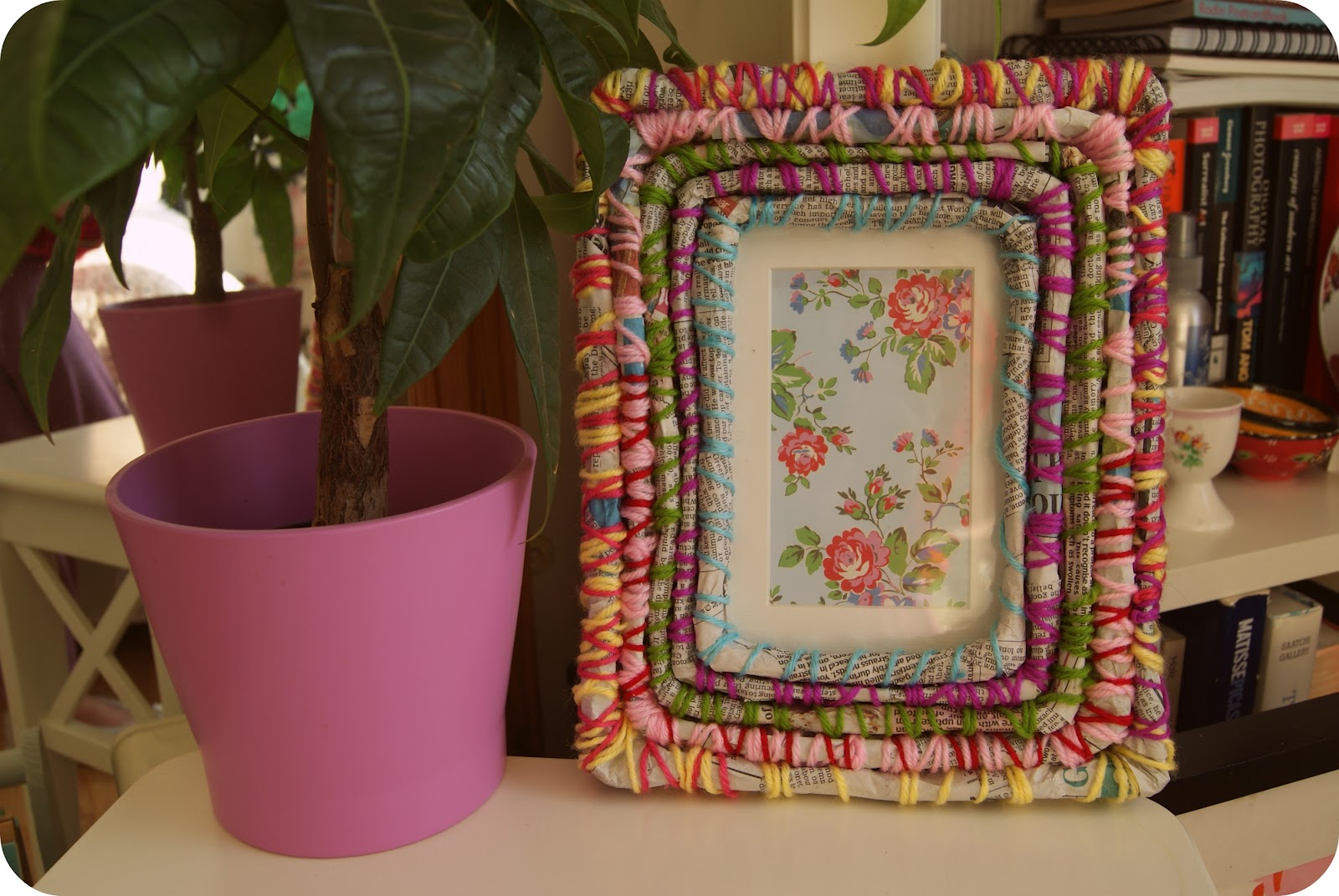 DIY shabby chic picture frame: | BURKATRON