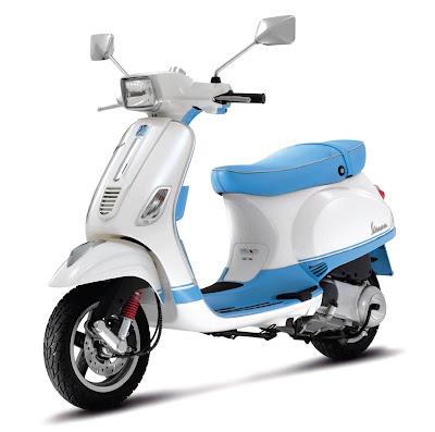 2011-Vespa-S150-ie