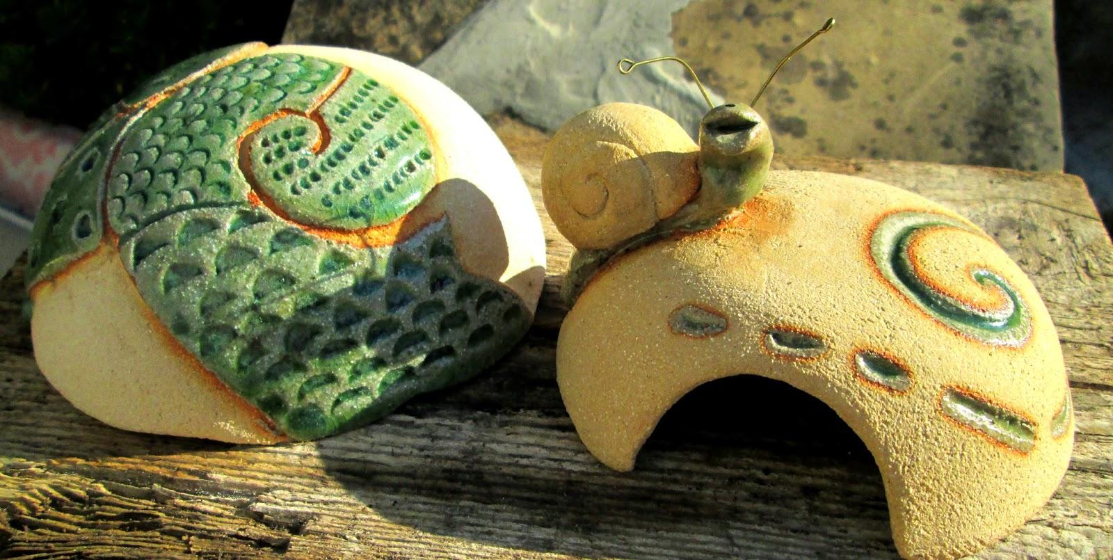 como acabar con los caracoles y las babosas de forma ecológica, tramaps para caracoles, eliminar caracoles
