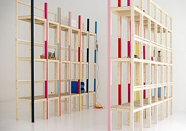 Bookcase made ​​with chairs on Design and fashion recipes