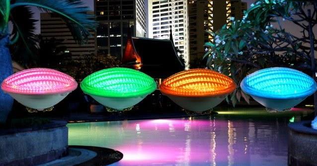 Focos led focos led en las piscinas for Focos piscina led colores