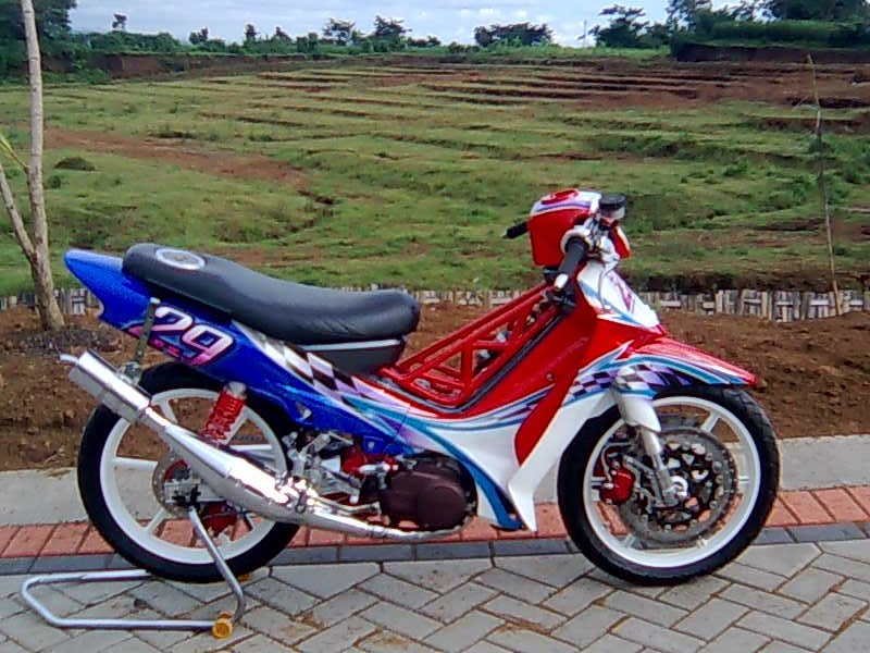 Top yamaha f1zr modif