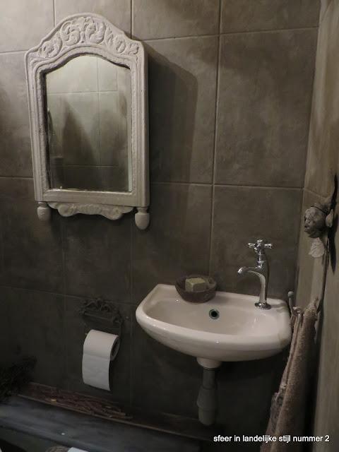 Sfeer in landelijke stijl nummer 2 toilet - Stijl van toilet ...