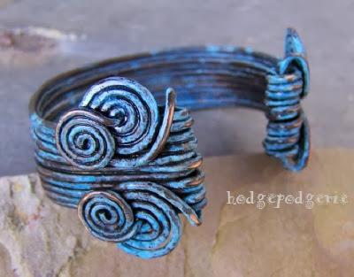 http://www.hodgepodgerie.com/aegean-cuff-bracelet-tutorial.html