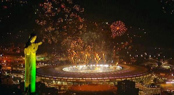العاب نارية في ملعب ماركانا الذي شهد تتويج المانيا بكاس العالم