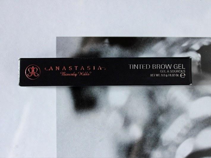 Anastasia Tinted Brow Gel in Granite Review