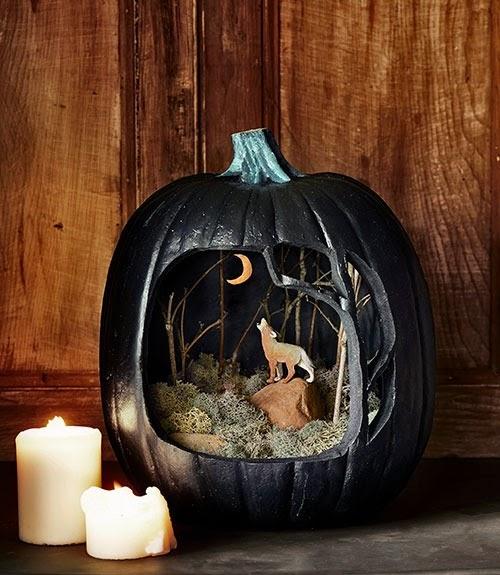 Howling Wolf Black Pumpkin