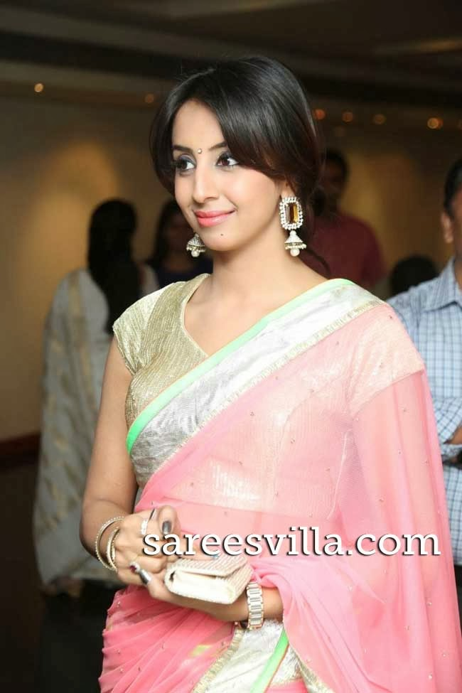 Sanjana at Muse Art Gallery