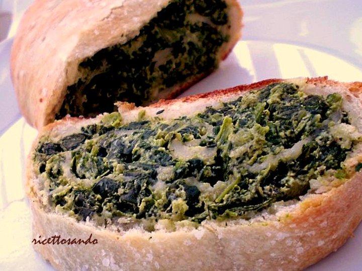 Rotolo di spinaci ricetta di focaccia farcita