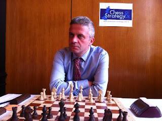 Échecs à Dieppe :le grand-maître Andrei Istratescu © Chess & Strategy