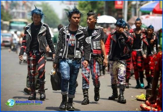 9. Preman atau Para Anak Punk