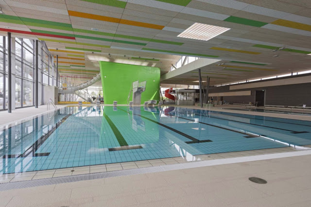 10-Fellbach-Family-and-Recreational-Baths-by-4a-Architekten