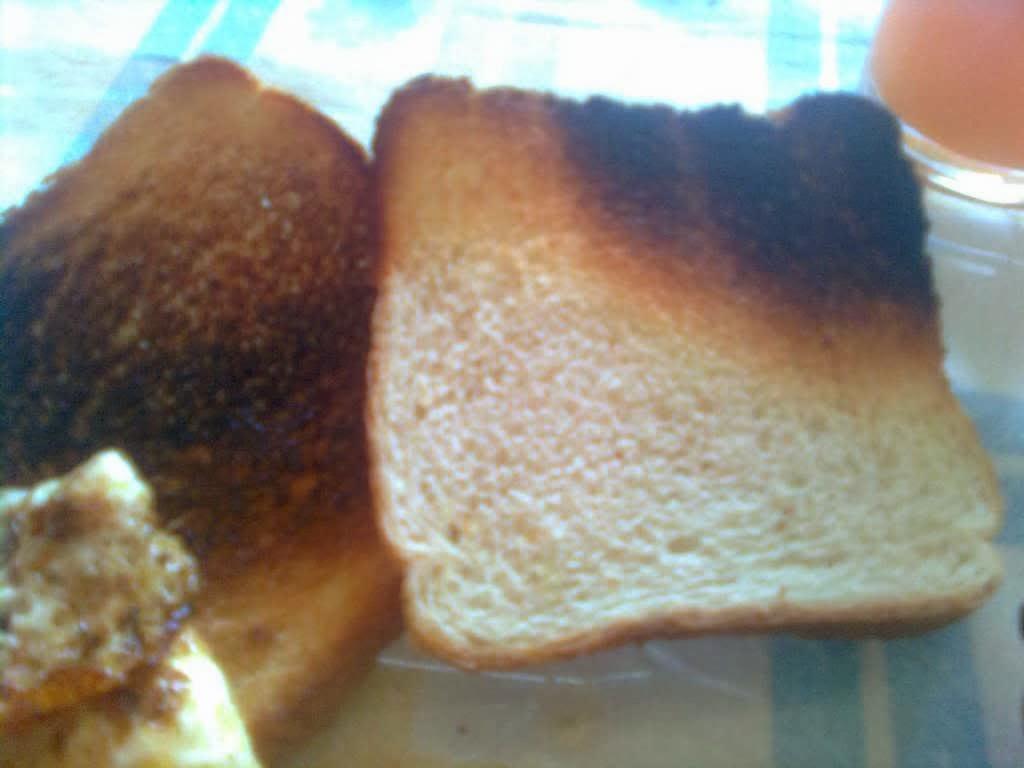 Historia y Mensaje Positivo  Pan tostado quemado