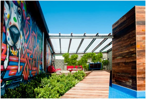 Contemporary Graffiti Terrace Design