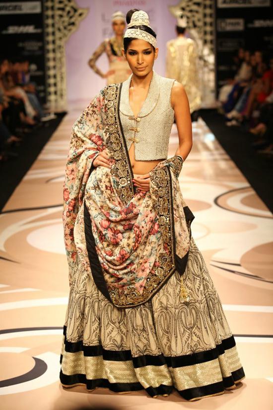Lakme India Fashion Week 2012 Lakme Indian Fashion Show She9 Change The Life Style