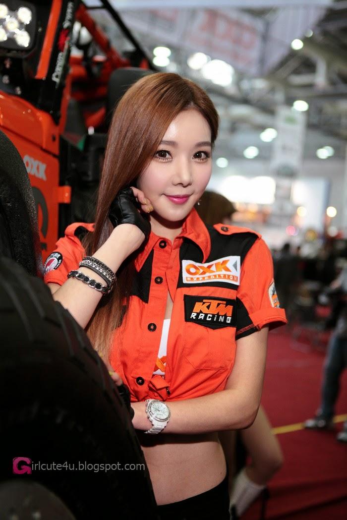 1 Lee Jin Young - Automotive Week - very cute asian girl-girlcute4u.blogspot.com