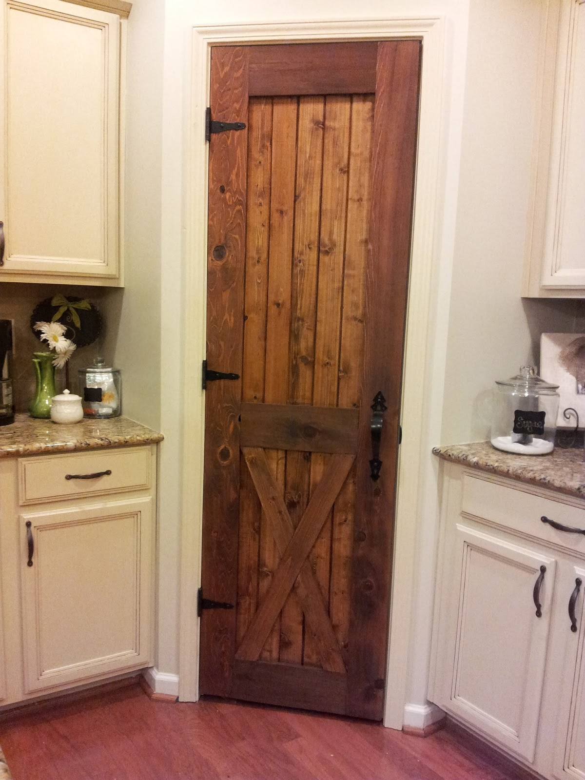 DIY: Pantry Door Tutorial