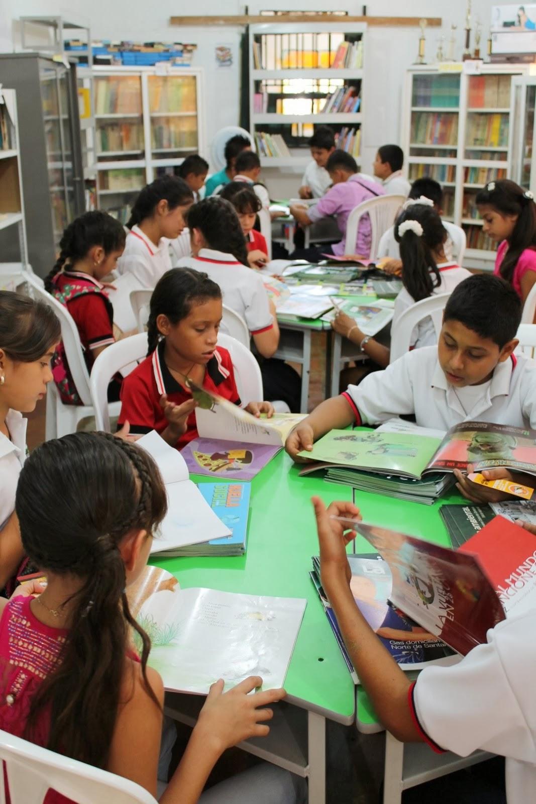 Ecopetrol hace entrega de mobiliario para biblioteca escolar Ong Notisan!