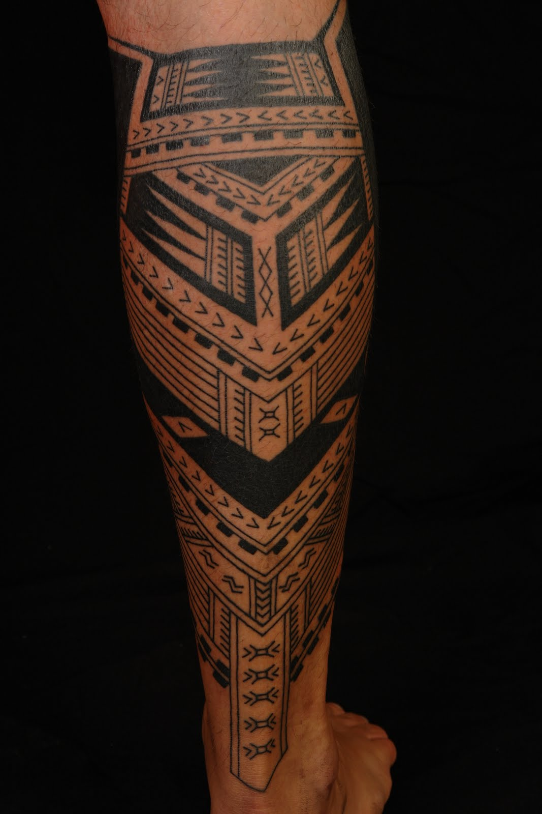 Tatouage Tribal Mollet Homme - Tatouage Tribal Mollet