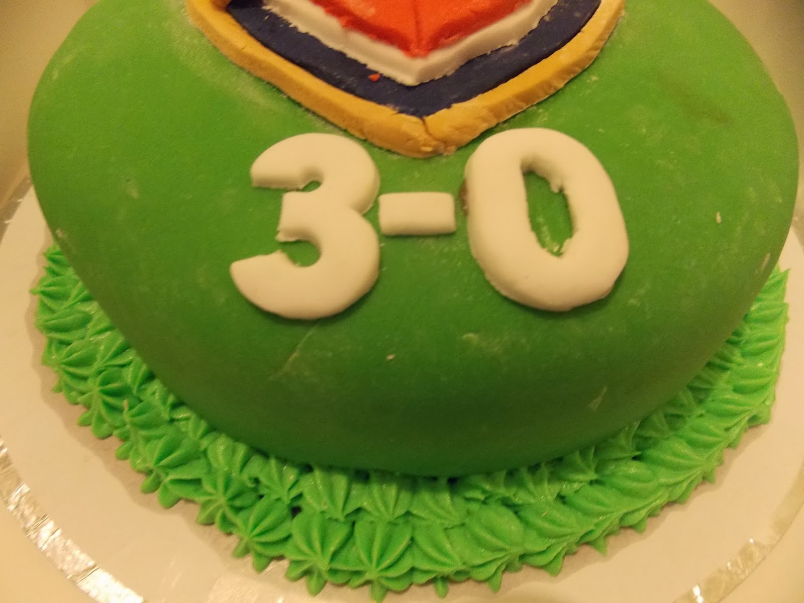 Of A 3 0 Score In Place The Number 30 And Finished Design By Piping Green Butter Icing Around Bottom Cake With Large Star Nozzle