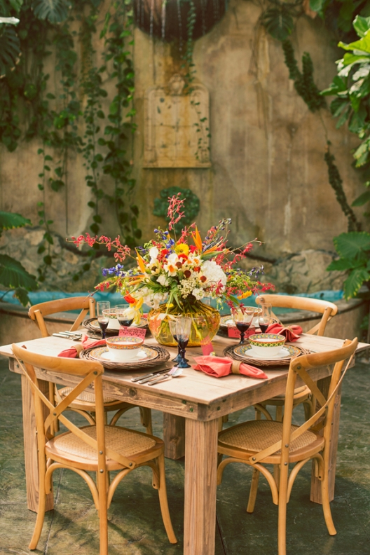 una boda llena de color bohemian wedding decor