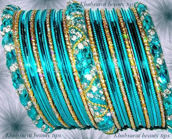 Stylish bangles in blue color