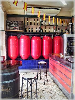 Visita Guiada: Conde Duque, historias y tabernas