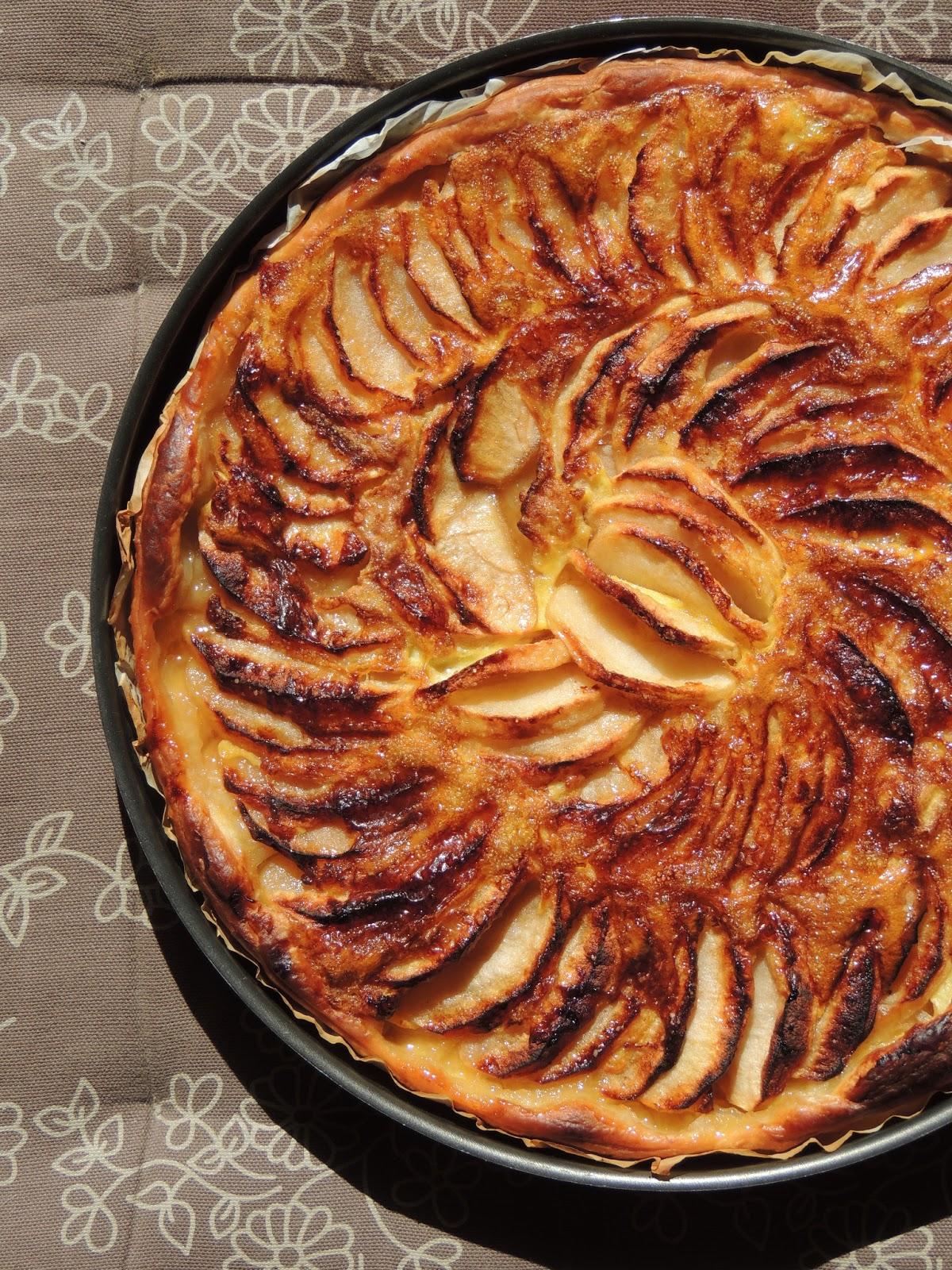 midi cuisine tarte fine aux pommes et sirop d 39 rable p te sabl e la farine de ch taigne. Black Bedroom Furniture Sets. Home Design Ideas