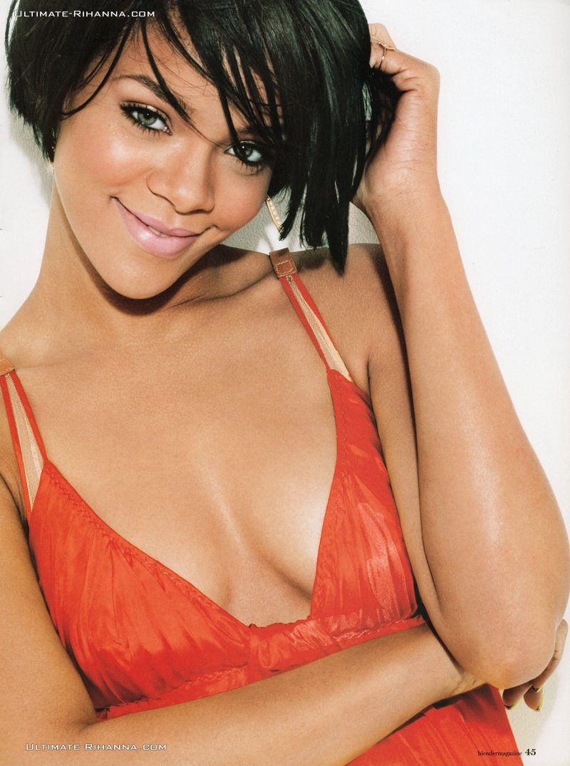 rihanna hot 