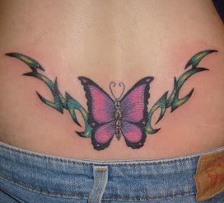 Tatoo feminina borboleta