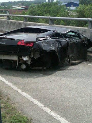 Lamborghini Gallardo LP560-4 - Car Crash in Subang Malaysia 2