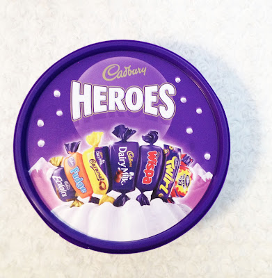 http://www.cadburygiftsdirect.co.uk/favourites/6-heroes.aspx