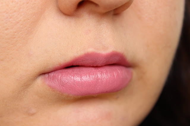 Collection Deluxe Lipstick In Talullah  on the lips