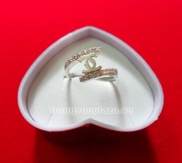 Nhẫn nữ bằng bạc NN102