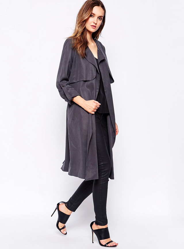 How to wear drapey trench duster coat. Spring must wear trend.