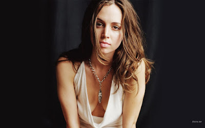 Eliza Dushku Sexy Wallpaper