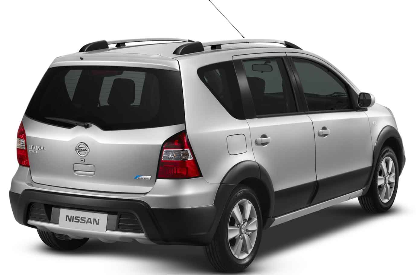 novo Nissan Livina 2014 traseira