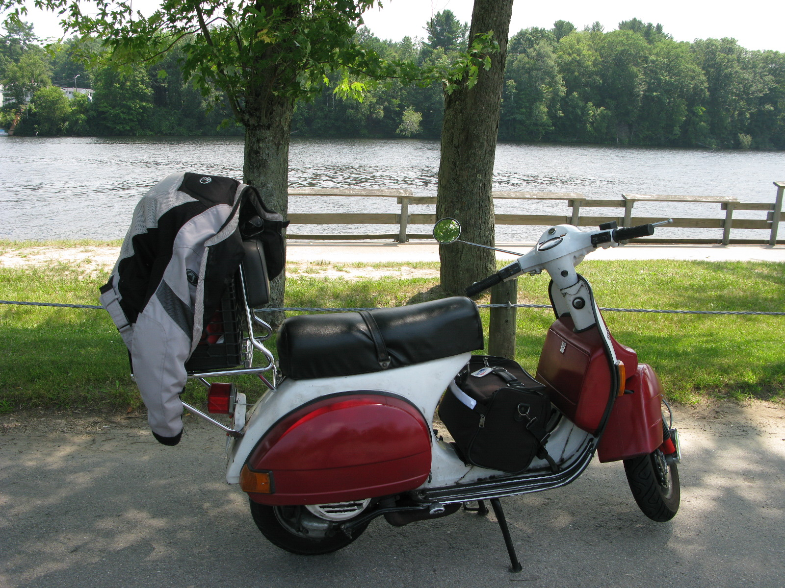 Vespafrog Vespa Px125e Wiring Diagram All Told I Rode 500 Miles On The Trip Averaging About 65 Per Gallon Two Fill Ups Broke 70 It Was A Long Ride With Return Being