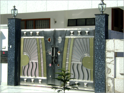 New home designs latest modern homes main entrance gate for Single gate designs for homes