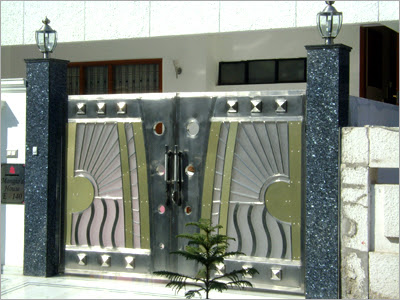 Main Gate Design  Home on Modern Homes Main Entrance Gate Designs    New Home Designs