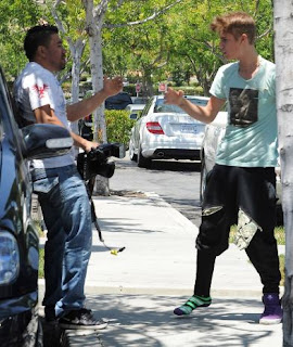 Justin Bieber confronts a Photographer