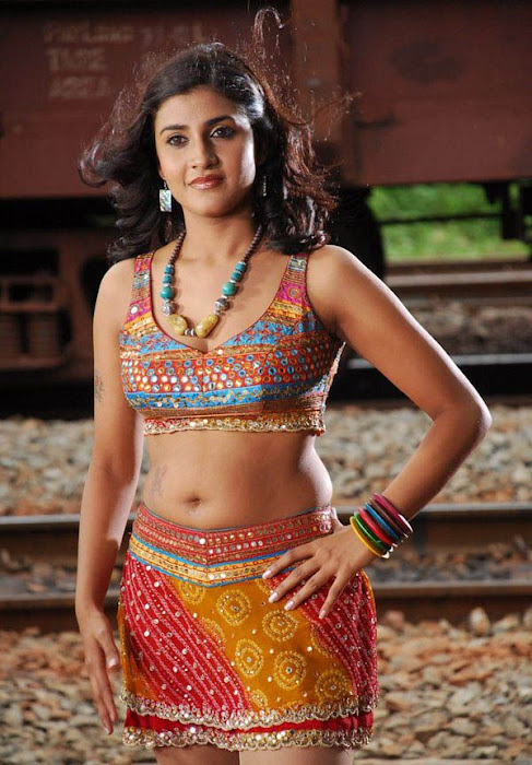 spicy kausha blouse photo gallery