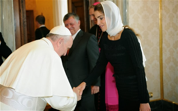 Pope Breaks With Protocol By Bowing to Queen Rania of Jordan