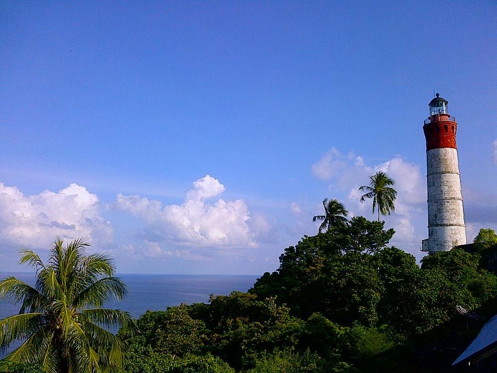 Sejarah Aceh, Foto Mercusuar Williems Torren III Di Pulau Breueh